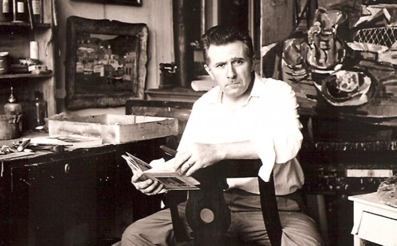 Ettore Fico nel suo studio di via Medici a Torino nel 1954